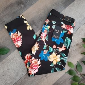NWOT 7 For All Mankind Floral Jeans 12